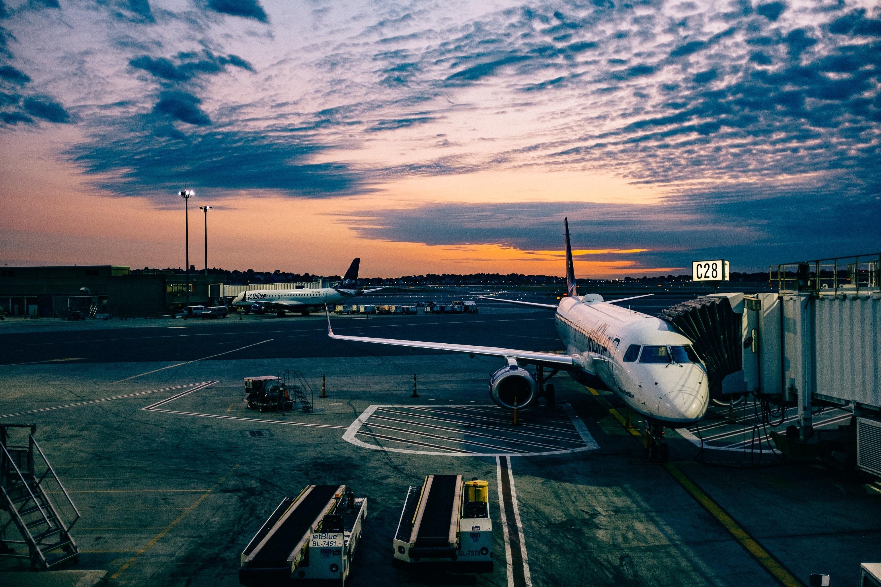 Aéronautique-série-en-as-9100-avion
